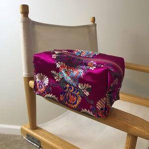 NWT Imoshion Cosmetic Bag BEAUTIFUL!